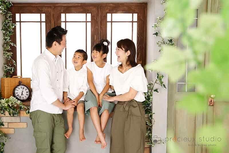 世田谷区プレシュスタジオ世田谷本店の家族写真写真