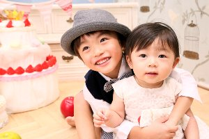 子供写真館、ハピリィフォトスタジオの誕生日記念写真7